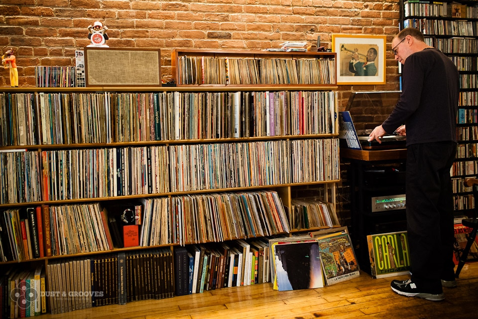Bill Adler, a music journalist, biographer, record label executive and best known as the publicist for Def Jam Records back in the glorious 80's. Bill is also a devoted vinyl record collector, photographed at his home in NYC for Dust & Grooves, a crate digging photo site. www.dustandgrooves.com (C) All Rights Reserved to Eilon Paz & Dust & Grooves.